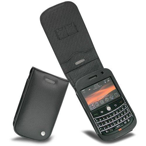 Blackberry bold 9000 leather covers and cases noreve for Housse blackberry curve