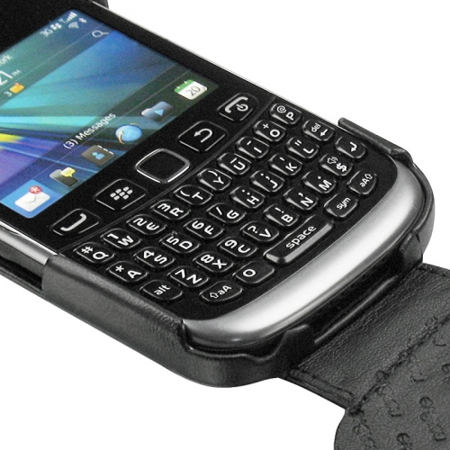 Blackberry curve 9320 leather covers and cases noreve for Housse blackberry q10
