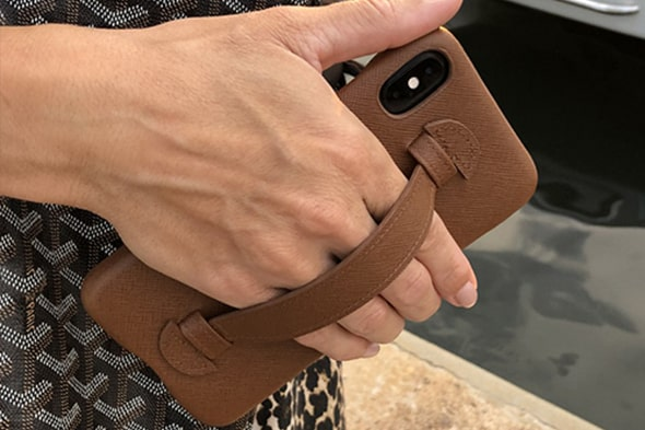 Apple iPhone Xs Max leather cover