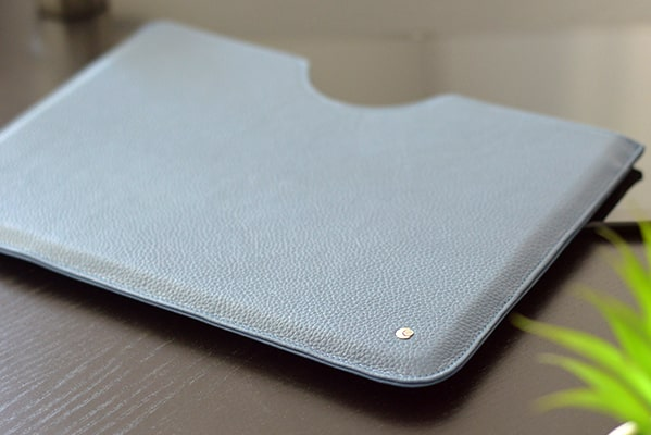 Custodia in pelle Microsoft Surface Pro X